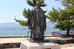 平清盛の銅像