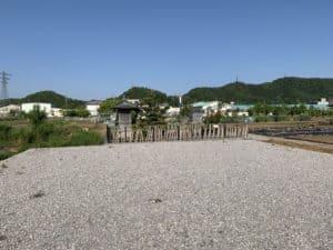 大谷吉継の首塚の駐車場