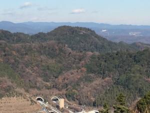 高尾山から望む八王子城