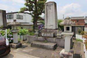 藤堂高次の墓