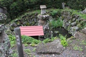 岩松院の弁天池
