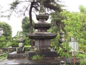 龍造寺政家の墓