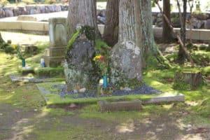 高橋景倍の墓、鳥居景近の墓