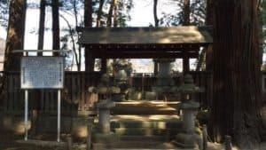 柳沢吉保夫妻の墓