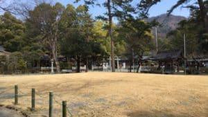 躑躅ヶ崎館跡の武田神社境内