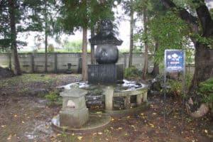 竜雲寺、武田信玄の墓