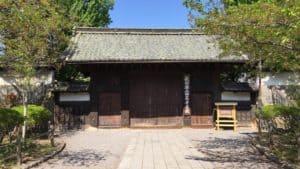 上田藩主居館の表門