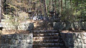 真田信綱の墓所