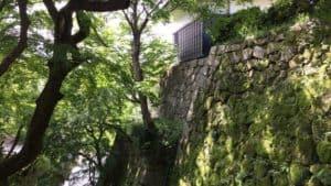 岡崎城の石垣