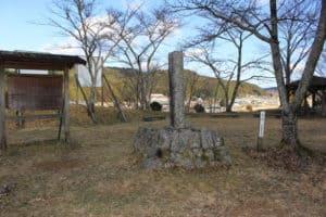 三河の亀山城