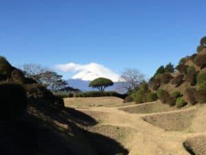 山中城の障子掘と富士山