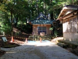 山中城の諏訪神社