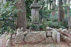 近藤康用の墓