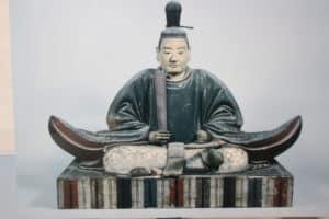 井伊直親の像