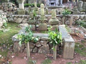 龍潭寺にある奥山家の墓