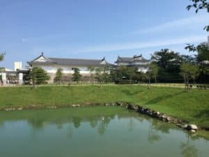 駿府城の東御門(櫓門)と続多聞櫓