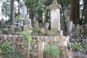 小野玄蕃の墓