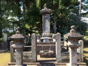 亀姫(掃雲院)の墓