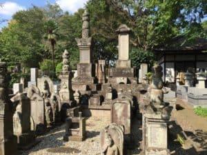 石谷家の墓所