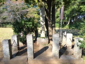 赤塚城址の石碑