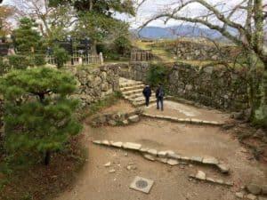 彦根城の西の丸へ