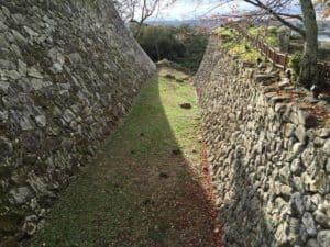 彦根城の堀切