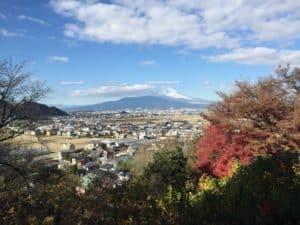 韮崎城から富士山を望む