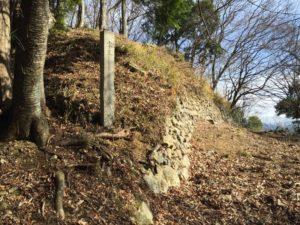 小谷城の本丸