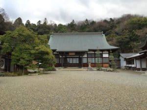 清凉寺の本殿