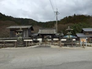 大原観音寺の惣門