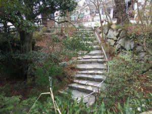 八幡山城・本丸の虎口