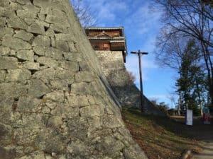 松山城の隠門の下あたり