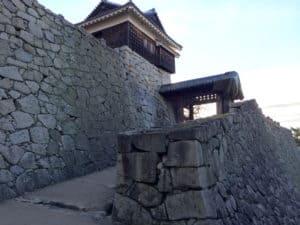 松山城の戸無門