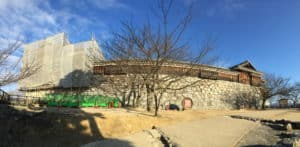 松山城の太鼓櫓から太鼓門