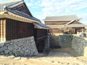 松山城の乾門と乾櫓