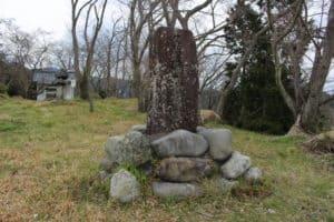 蒲原城の石碑