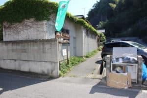 村上元吉の墓への入口