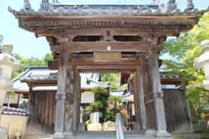 金蓮寺の山門