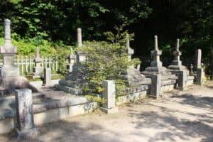 小早川家墓所