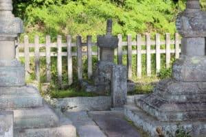 土肥實平の墓