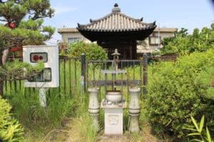 筒井順慶の墓