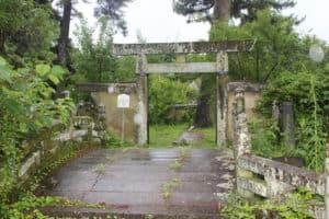 鍋島家の墓所入口