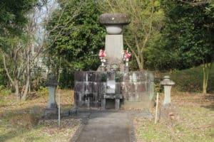 立花誾千代の墓