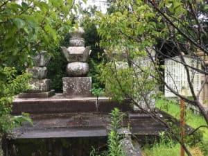 鍋島勝茂の墓