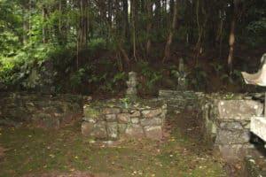 松浦鎮信の墓の近く