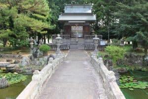 護国神社(稲葉神社)