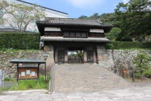佐伯城の櫓門