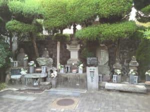 石垣原の戦いの石碑