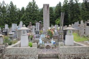 栗林中将の墓
