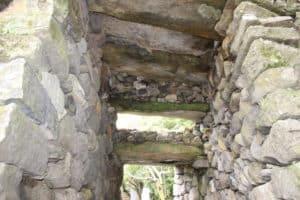 玖島城・大手門脇の埋門